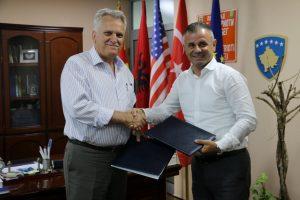 Komuna e Çairit i jep në dispozicion UNT-së hapësira për veprimtari arsimore