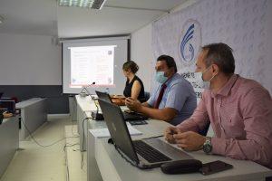 Universiteti 'Nënë Tereza' në Shkup organizoi seminar për mësim online